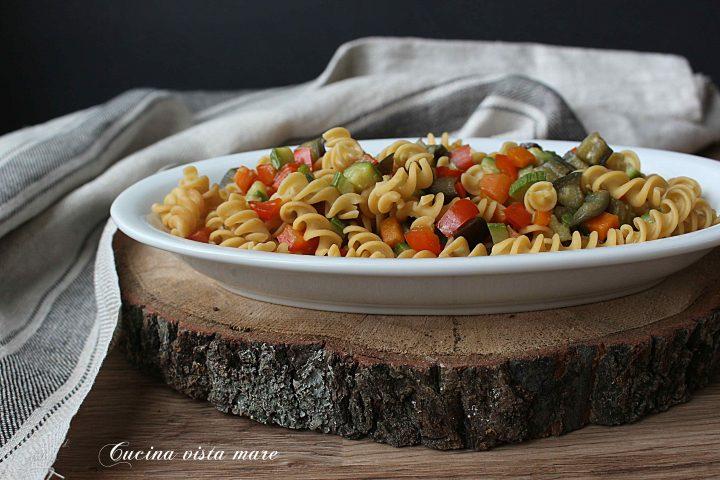 Pasta di ceci con verdure Cucina vista mare