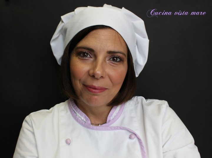 Chi prepara le ricette di Cucina vista mare Cucina vista mare