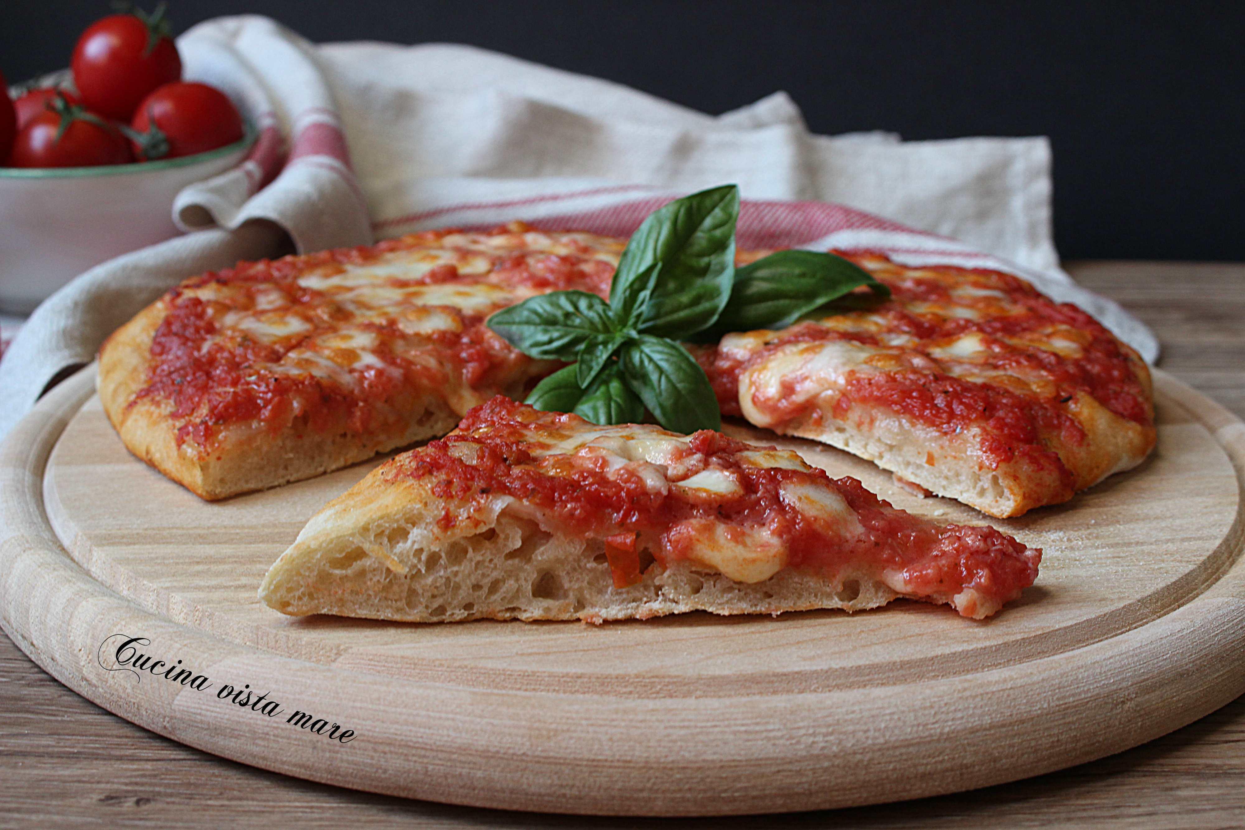 Pizza su pietra refrattaria - Pietra refrattaria da forno ...