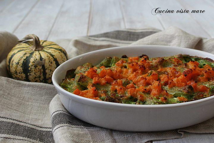 Pasta al forno con zucca e spinaci Cucina vista mare