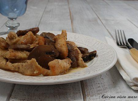 Tacchino ai funghi nella slow cooker