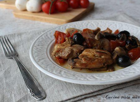 Pollo alla boscaiola nella slow cooker