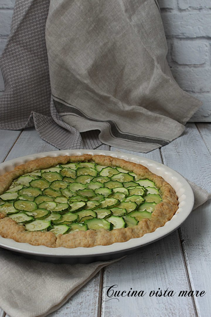 Torta salata pesto e zucchine Cucina vista mare