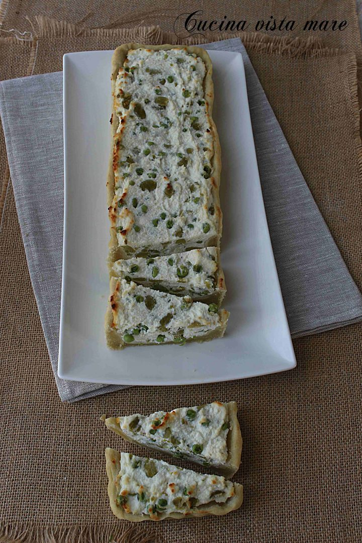 Torta salata ricotta piselli e fave Cucina vista mare