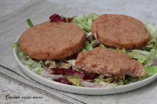 Hamburger di prosciutto cotto Cucina vista mare