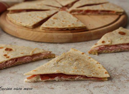 Sandwich di piadina