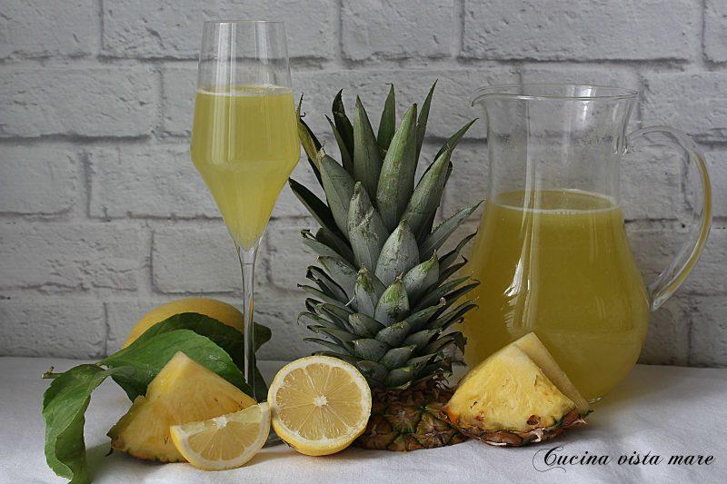 Aperitivo analcolico all'ananas