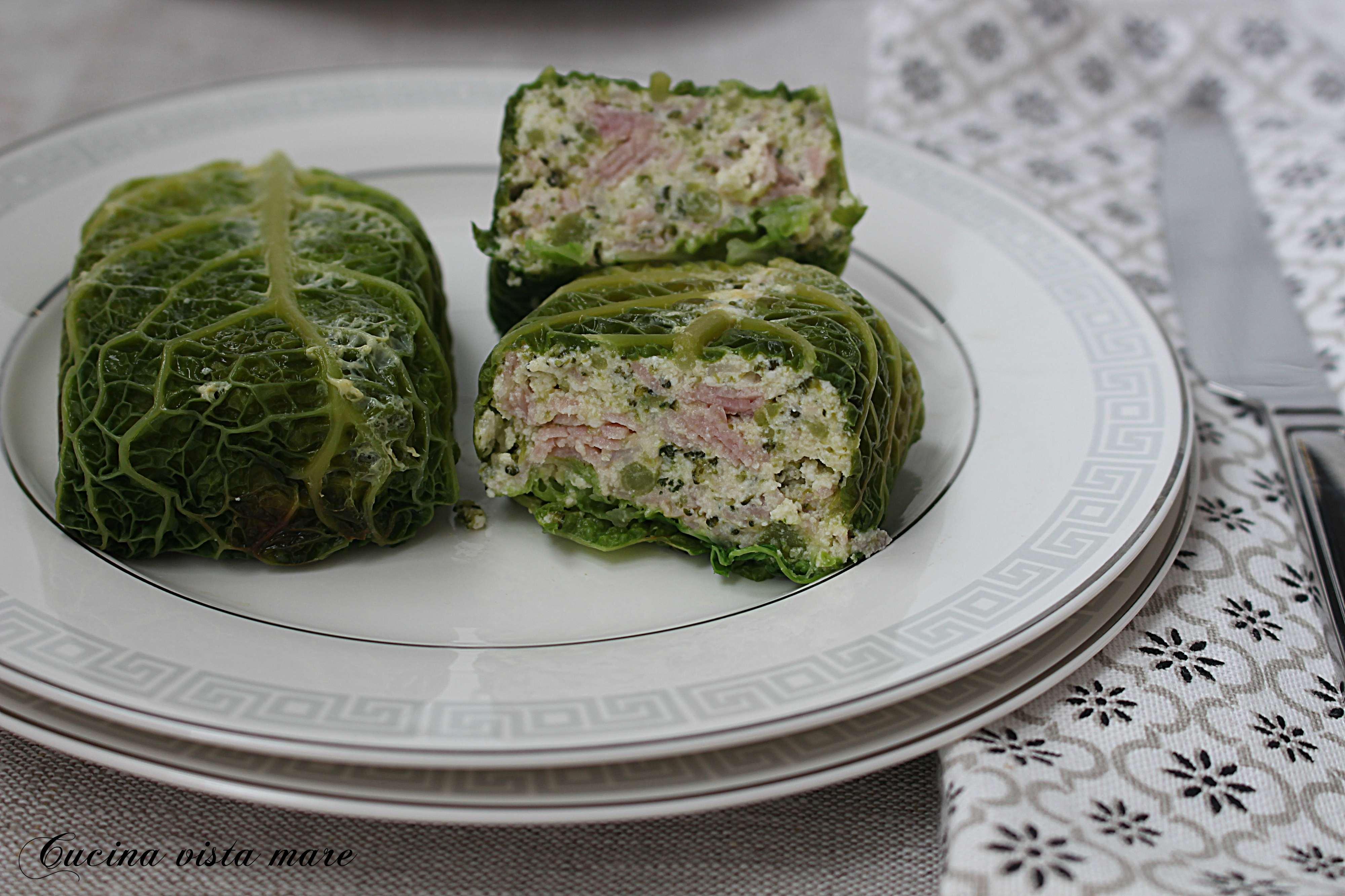 Tortini di verza con cotto e broccoli Cucina vista mare