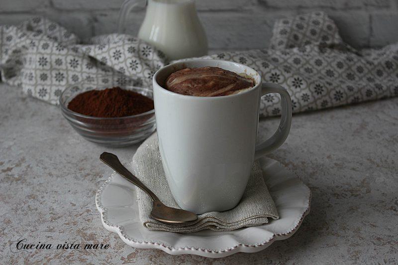 Mug cake bicolore