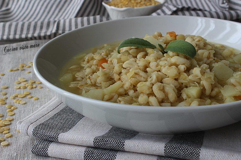 Zuppa di grano con lenticchie gialle