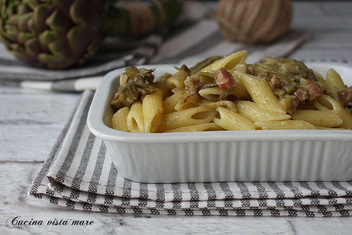 Pasta con carciofi e pancetta Cucina vista mare