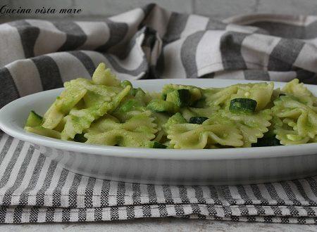 Pasta alla salsa di zucchine