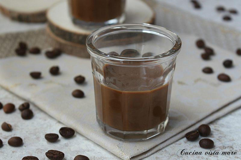 Crema di liquore al caffè nel Monsieur Cuisine