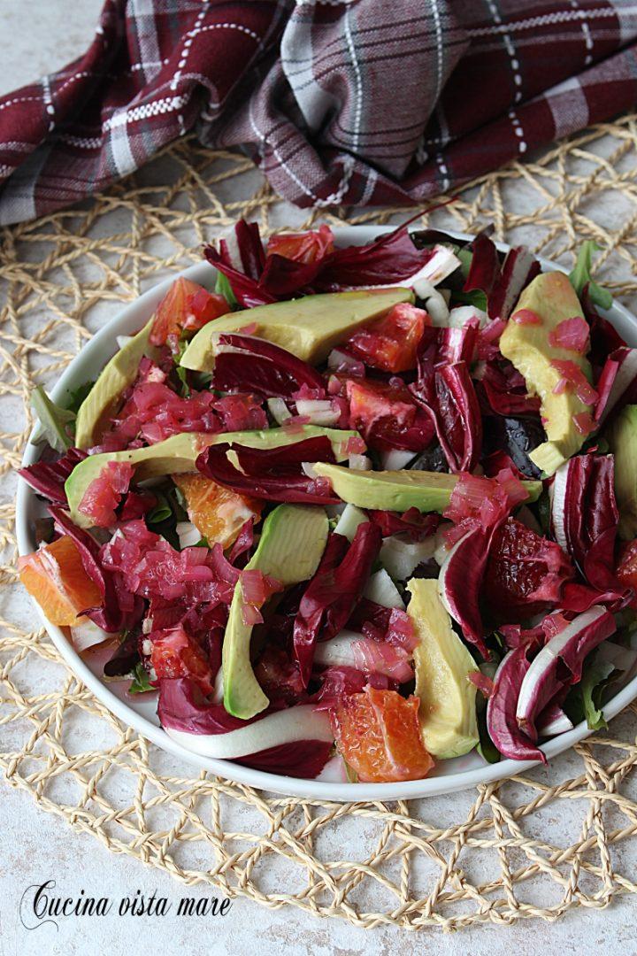 insalata di avocado arancia e radicchio