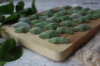 gnocchetti verdi Cucina vista mare