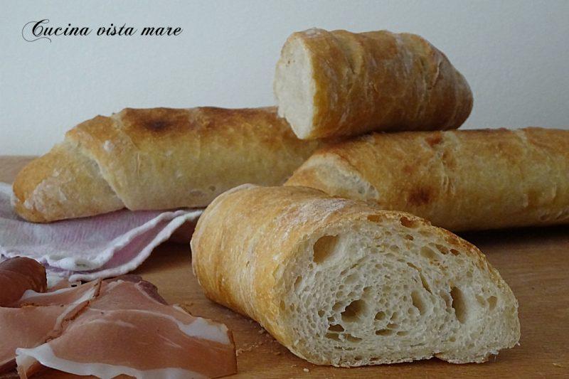 Sfilatini di pane croccante