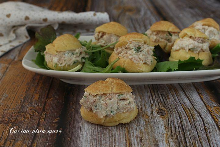 bignè salati al tonno Cucina vista mare