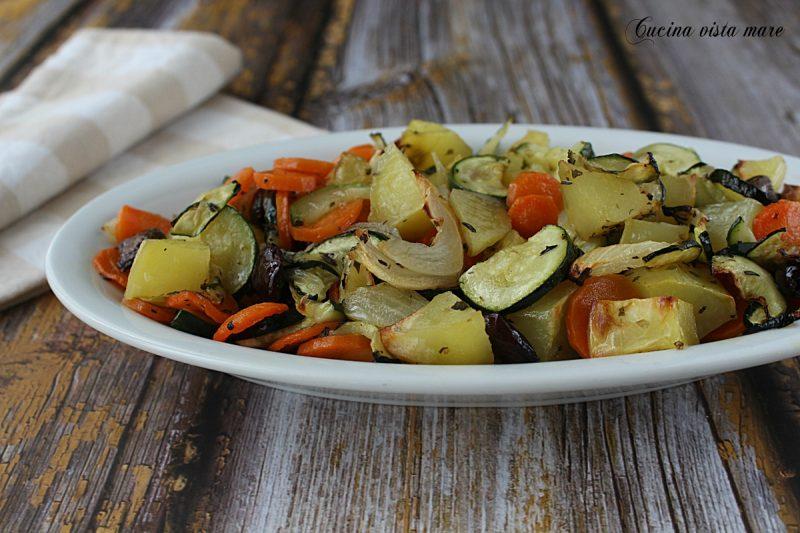 Contorno di zucchine patate e carote