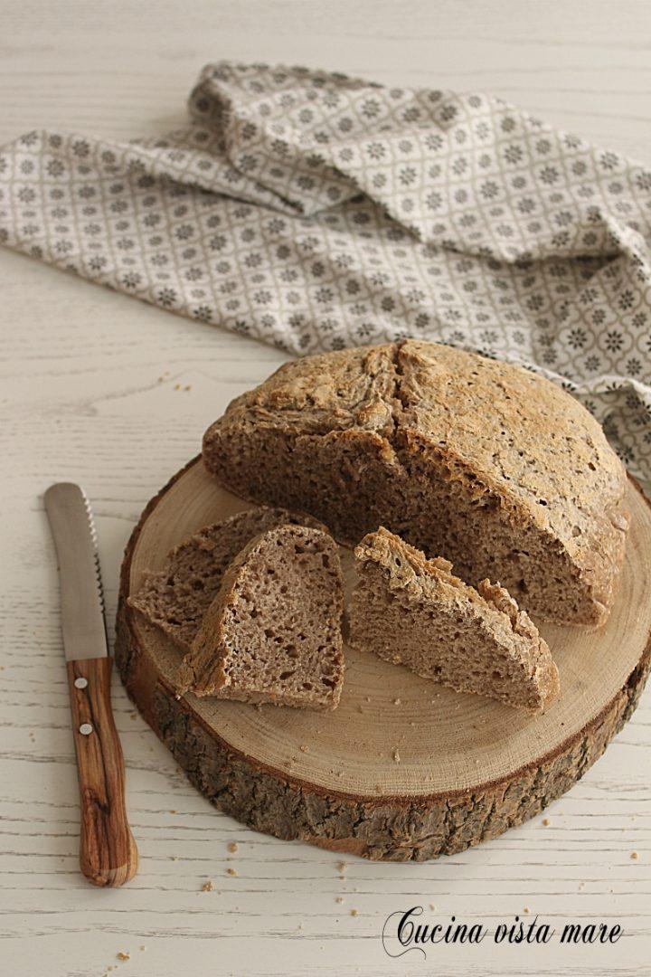 Pane di castagne con pasta madre Cucina vista mare