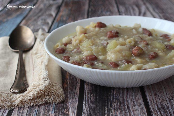 Zuppa di cavolfiore e fagioli Cucina vista mare
