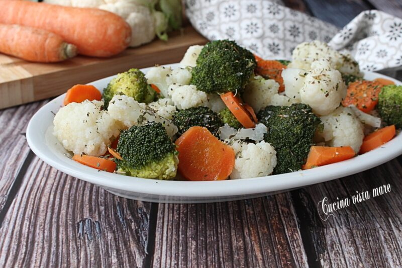 Insalata di broccoli cavolfiori e carote