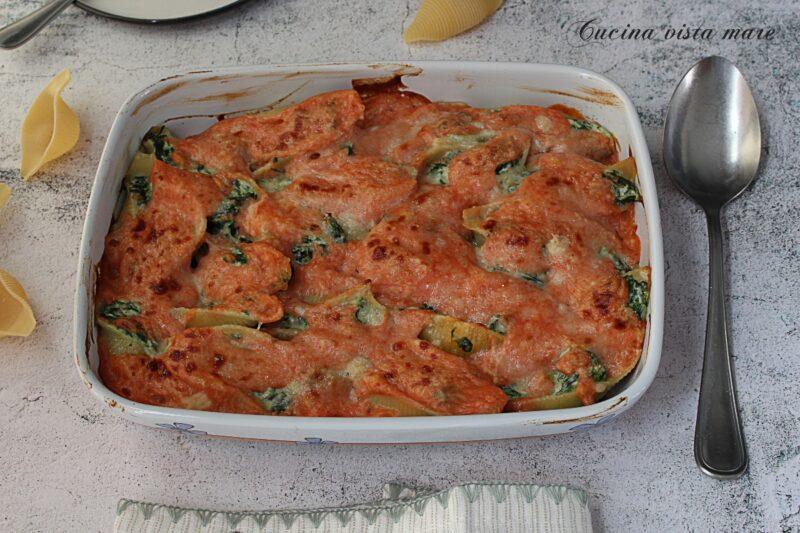 Conchiglioni al forno ricotta e spinaci