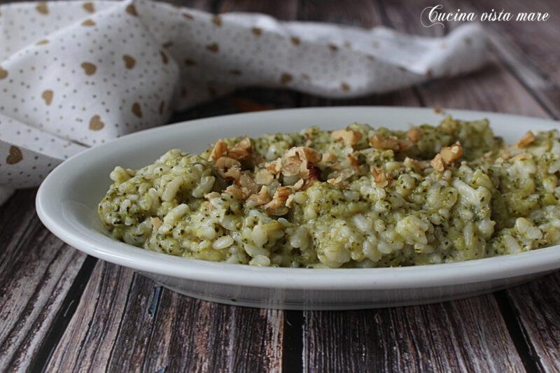 Risotto broccoli pecorino e noci
