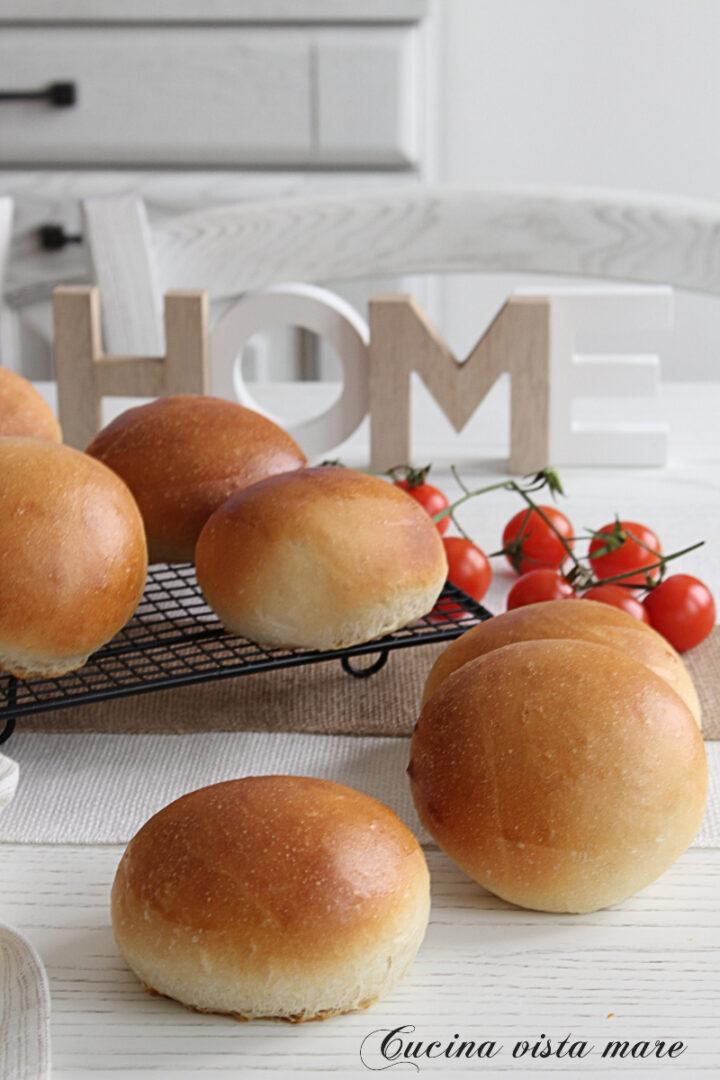 Panini da hamburger sofficissimi Cucina vista mare