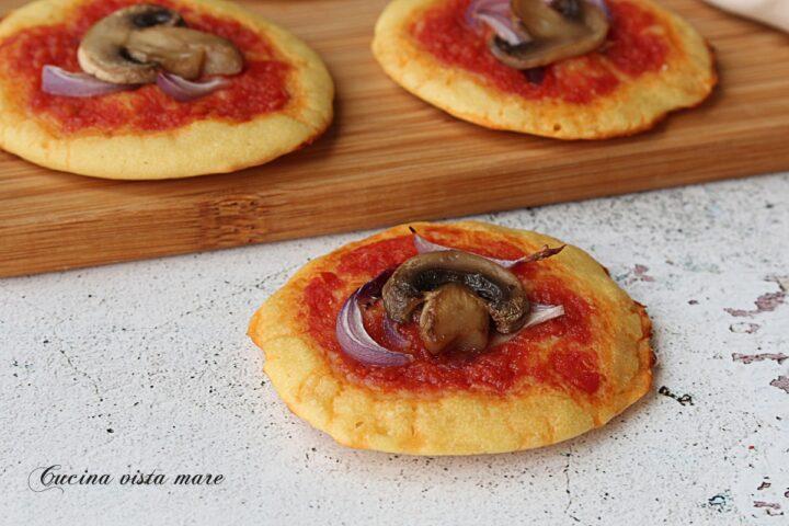Pizzette di ceci Cucina vista mare