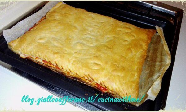 Pizza rustica con asparagi e prosciutto