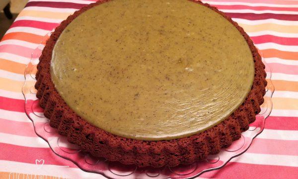 Torta al cioccolato con ganache al pistacchio