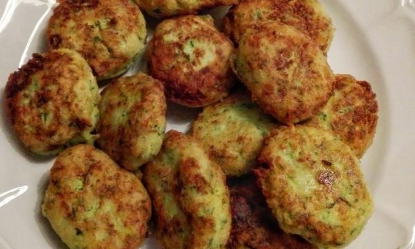 Polpette di zucchine e ricotta fritte