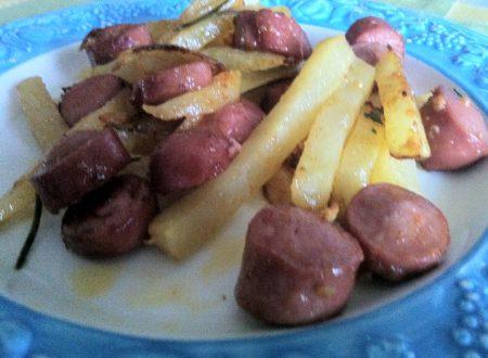 wurstel e patate alla paprika dolce