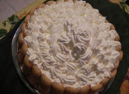 torta al limone con panna montata
