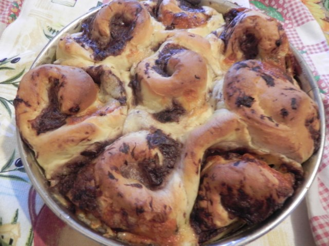 torta di rose con radicchio e scamorza