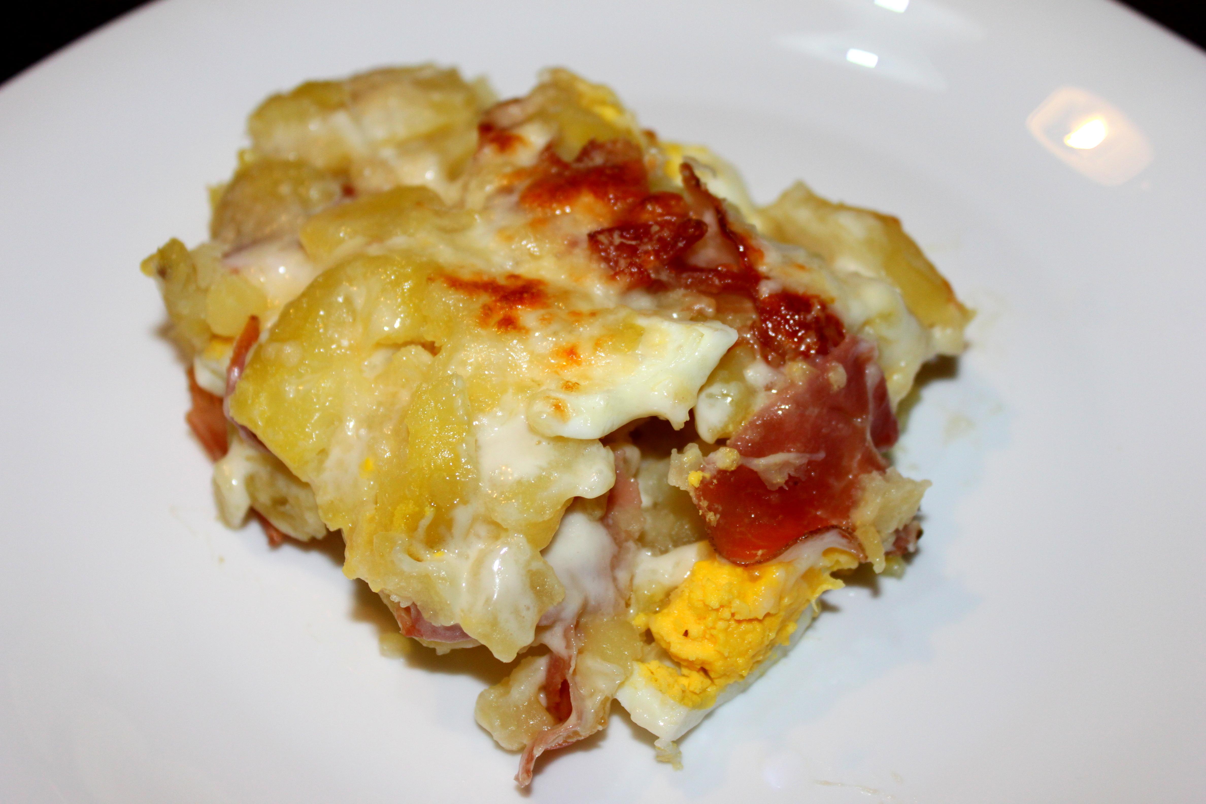 Tortino di patate con uova e speck