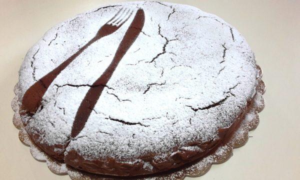 Castagnaccio Pugliese – ricetta originale, soffice e leggero