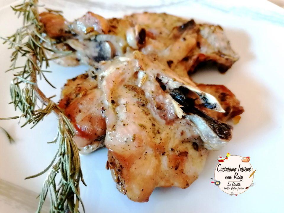 Pollo alla griglia con aromi