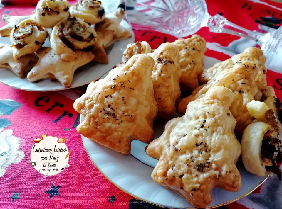 Alberelli di sfoglia con tonno e cipolla per Natale