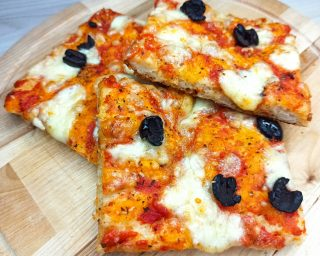 Pizza in teglia soffice facilissima