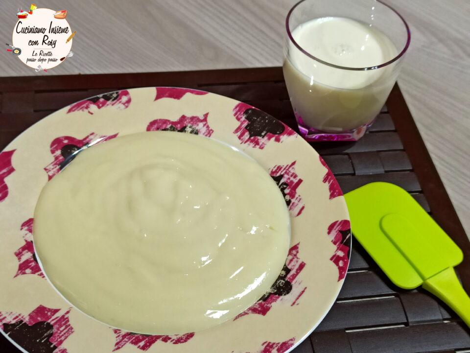 Crema pasticcera vegana densa e cremosa