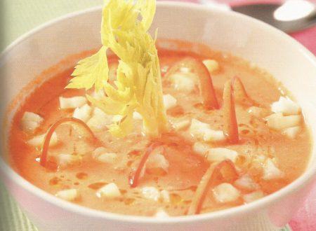 Gazpacho delicato all'olio di nocciola