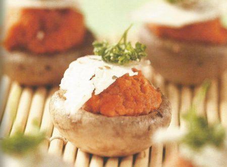 Funghi ripieni di pomodoro e ricotta