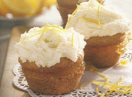 Cupcakes ripieni con marmellata di arance