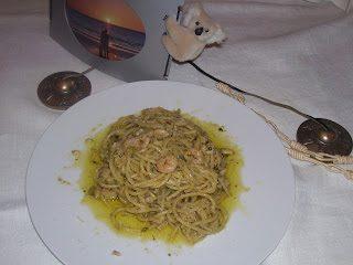 Linguine pesto e gamberetti (Tokoriki docet)