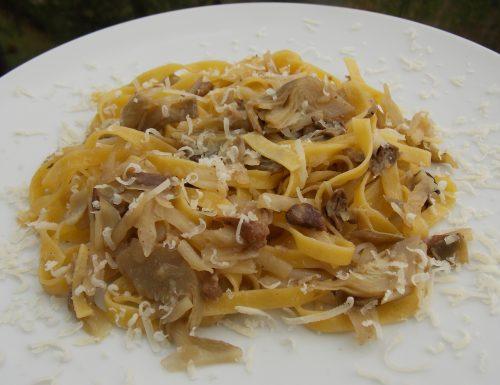 Tagliatelle porcini, carciofi e patate