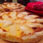 Torta salata porri e patate