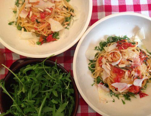 Linguine pomodorini e rucola | primo veloce