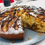 Torta di mele e marmellata di fichi profumata alla cannella