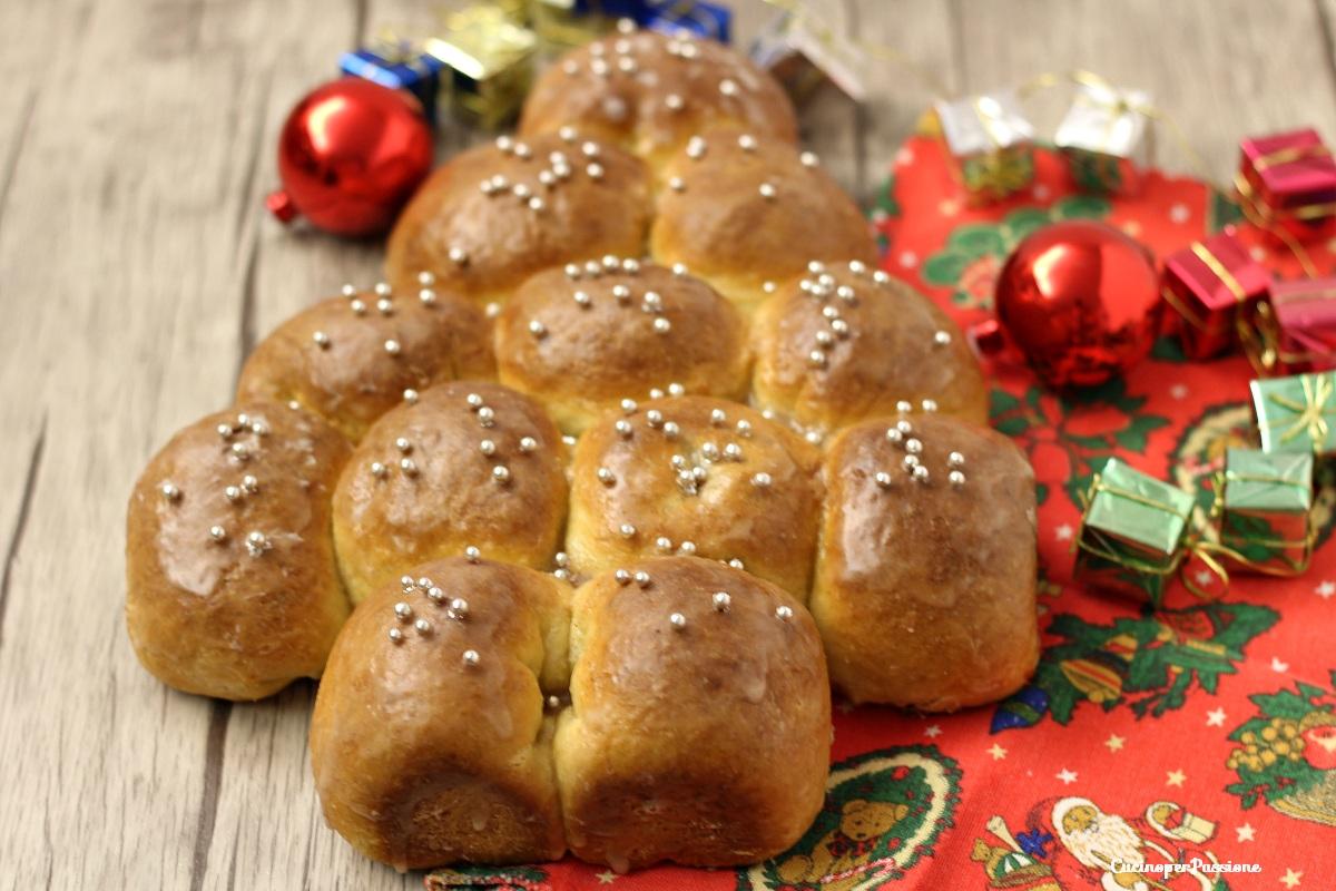 Torta di Natale Danubio con mele e cannella